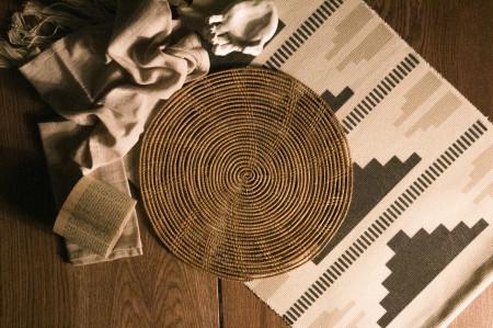 Handmade palm fiber placemat Plain design
